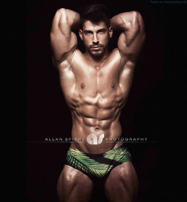 in-the-mood-for-some-powerful-muscle-hunks-4