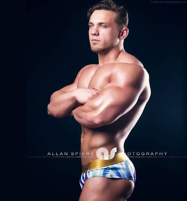 in-the-mood-for-some-powerful-muscle-hunks-5